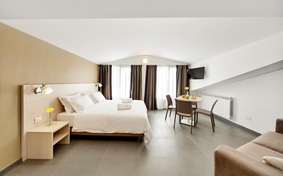 Residence dei Viali - Camera Matrimoniale Deluxe a Ragusa - 2